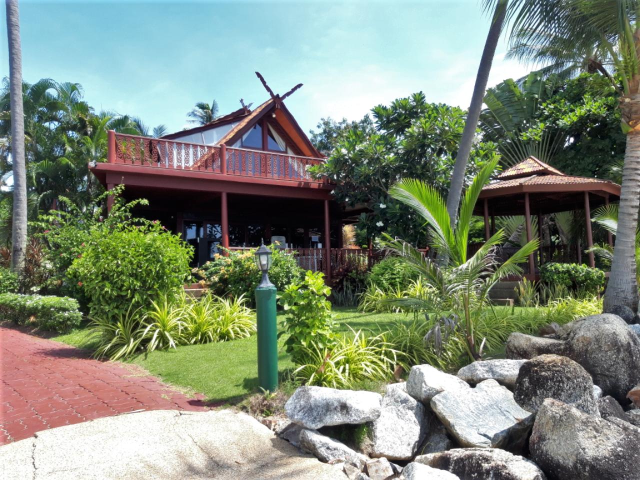 Coconut Paradise Villa P1 - 5 Bedrooms